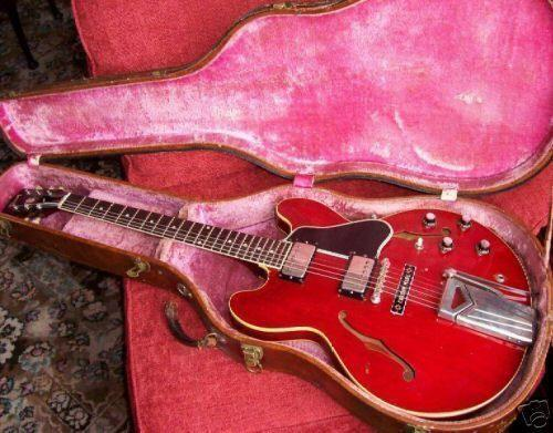 1961 Vintage Gibson Guitar
